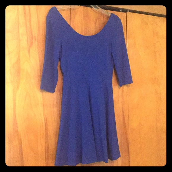 Express Dresses & Skirts - Express Blue Mini Peplum Dress 3/4 Sleeve
